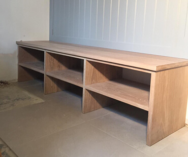 GE Carpentry, Custom Bench